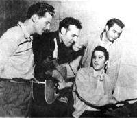 Elvis Presley, Johnny Cash, Jerry Lee Lewis, Carl Perkins