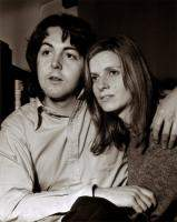 Paul Mccartney (Linda Mccartney)